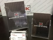 proizvodi-od-klirita-stalvi-i-drzaci-pleksiglas-stalci